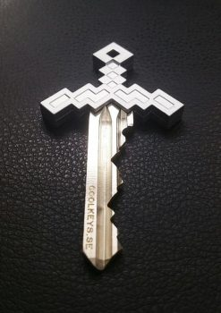 2-COOL-KEYS-PIXEL-SWORD-KEY-CHROME-MATTE-DESIGN-JEWELRY-JEWELLERY